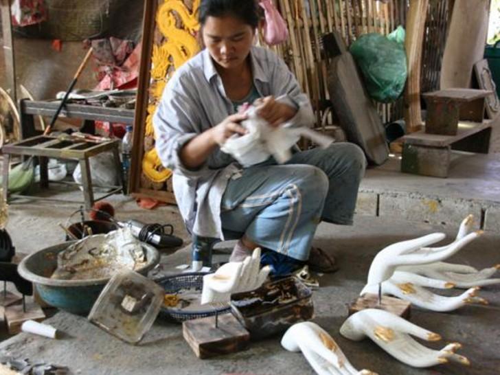 thailady-working