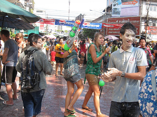songkran-powder
