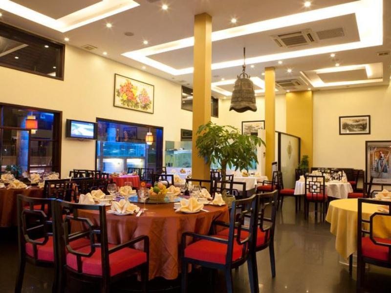 almond-restaurant