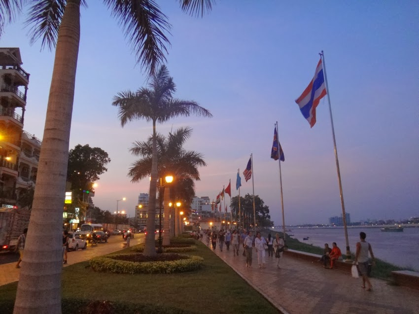 phnompenh-night